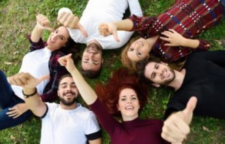 לקראת חופשת הקיץ – מדריך תעסוקה קצר ופשוט לבני הנוער היוצאים לעבוד
